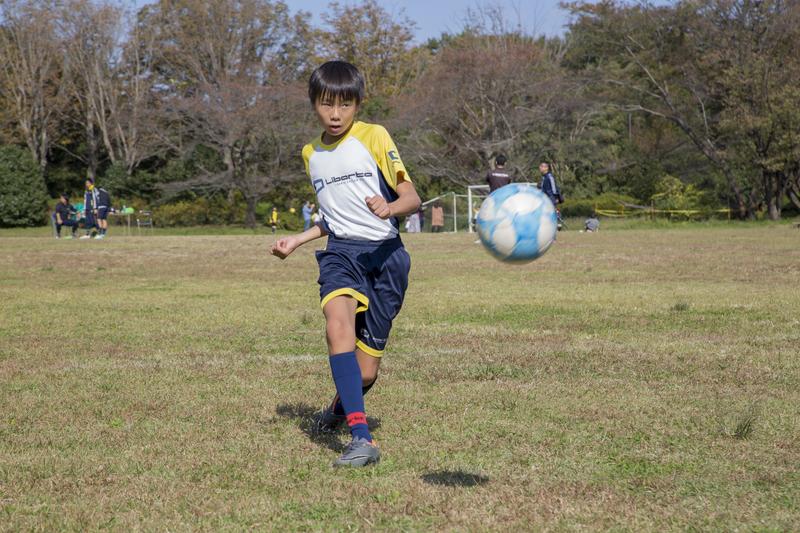 サッカーの基礎を楽しく学べるスクール