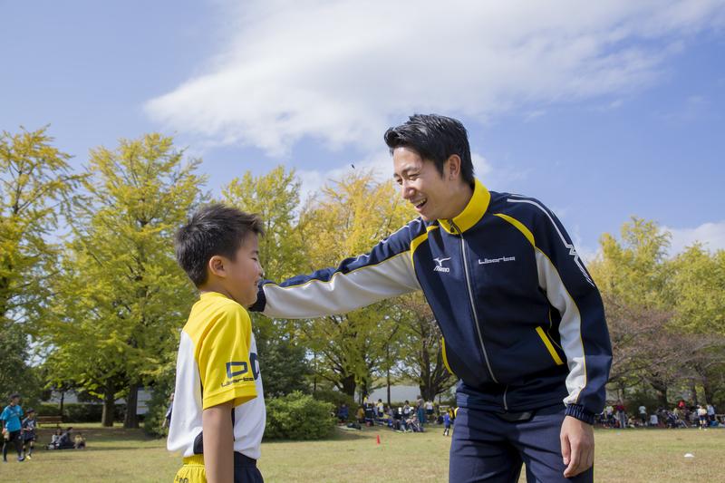スポーツが苦手な子どももコーチがしっかりフォロー